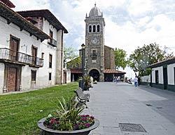 Iglesia Santa María de Luanco.