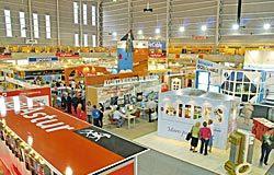 Vista de los stands de la Feria en laFeria de la Industria y la Minería de Mieres