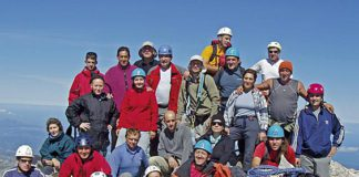 Grupo de Montaña San Bernardo en el Torrecerredo