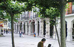 Plaza de Avilés con acceso a Internet