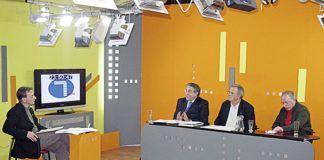 Juan Carlos Canteli, director de Canal 7 TV ,durante la emisión de un programa