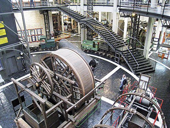 Interior del MUMI (Museo de la Minería y la Industria)