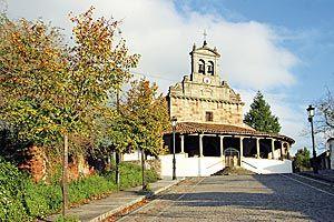 San Juan de Amandi, una de las muestras más importantes del románico asturiano.