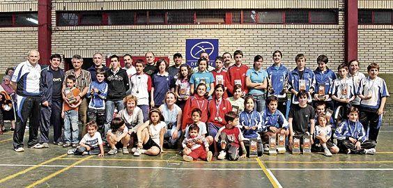 I Torneo de Bádminton en Riosa. Todos los participantes.