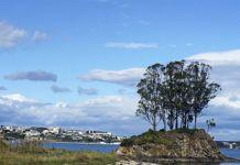 Ría del Eo con Castropol al fondo