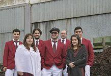 Miembros de la Asociación Cultural Polavila