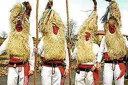 Fiestes paganes asturianes: l'Antroxu de xineru