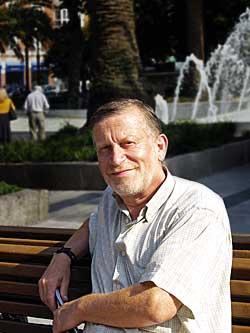 Xuan Xosé Sánchez Vicente. Profesor, escritor y Presidente del Partíu Asturianista (PAS)