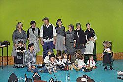 Fiesta del magosto, con el traje típico de castañeras