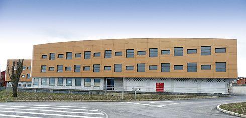 Asipo III, edificio de servicios próximo a inaugurarse