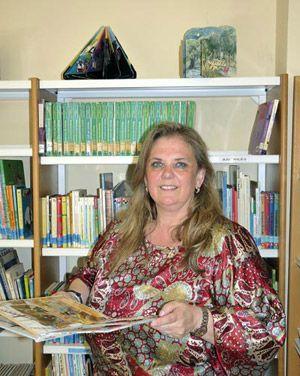 Celestina Mastache, Concejala de Cultura y Educación del Ayuntamiento de Navia
