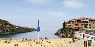 Playa de El Sablón en la villa de Llanes