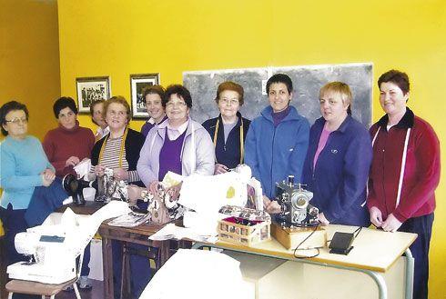 Taller de costura organizado por la Asociación de Mujeres Valle Verde