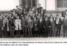 Mozos que se tallaron en el Ayuntamiento de Riosa el día 20 de Febrero de 1966. Foto cedida por José Luis Cabo Sariego.