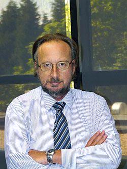 Víctor Marroquín, director general del IDEPA.