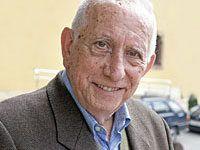 José Manuel Valle Carbajal, párroco de Morcín (desde 1950 hasta 2010).