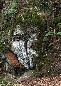El Busgosu, uno de los seres mitológicos del Bosque de Beyu pen (Amieva)