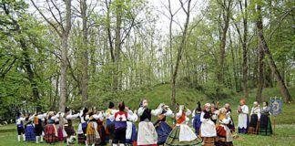 Agrupación Folklórica La Sidrina - Lugones