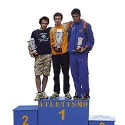 Campeones en categoría absoluta de la Milla Nocturna en una pasada edición
