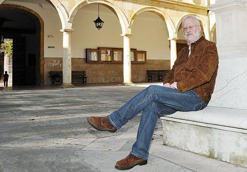 Roberto González-Quevedo, Filósofo y antropólogo.