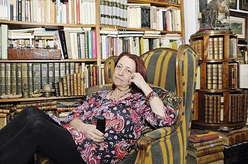 Carmen Gómez Ojea. Escritora