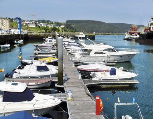 Puerto Deportivo de Navia