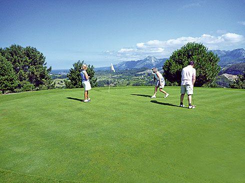 Campo de Golf La Rasa de Berbes