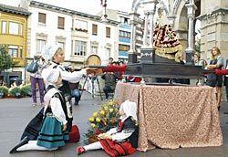 Ofrenda a la patrona. Fiesta de la Sidra (Villaviciosa).