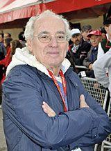 Emilio Marcos Vallaure. Consejero de Deportes.
