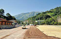 Césped artificial para el campo de fútbol de El Llerón (Riosa)