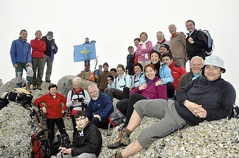 Salida al Pico Urbión del Grupo Montañero Moscón de Grado.
