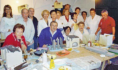 Asociación Belenista de Gijón. Cursillo 2011, participantes con sus trabajos