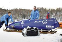 Javier Pintado y Pedro Díaz en St. Moritz preparando el bobsleigh para una bajada