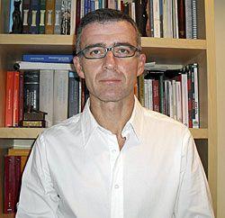 Miguel Presno Linera. Profesor Titular de Derecho Constitucional en la Universidad de Oviedo