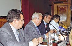 Presentación del convenio de colaboración entre Caja Rural y el HUCA