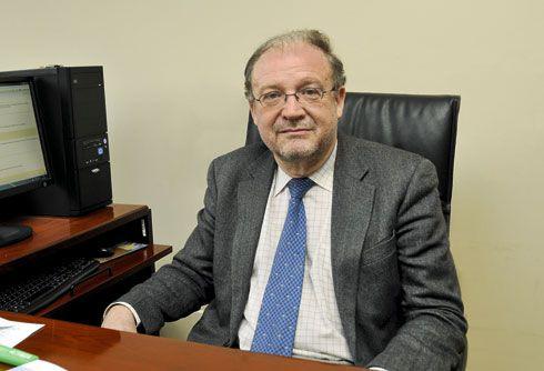 Leopoldo Tolívar. Catedrático de Derecho Administrativo
