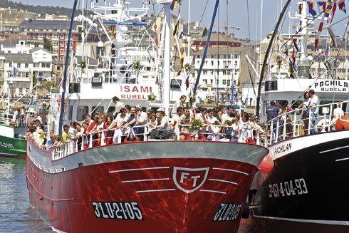 Procesión marítima en Burela, Lugo.