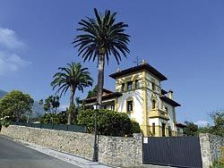 Casona indiana Villa Rosario (Caravia)