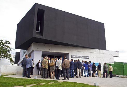 Inauguración del nuevo Centro de Servicios en el Polígono de Roces-Porceyo (Gijón)