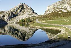 Lago Enol. Picos de Europa, Asturias