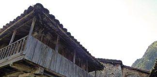 Hórreo en Agüera, en Belmonte de Miranda