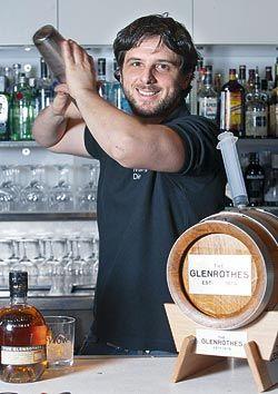 Nacho Cuevas. Bartender.