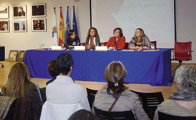 Acto en el Día Internacional de la Mujer Rural en Navia, Asturias.