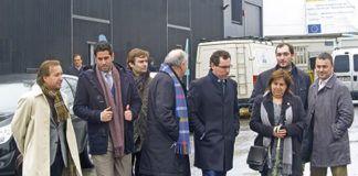 Asistentes a la inauguración de la nueva residencia empresarial en Roces y Porceyo