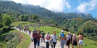Aficionados en la subida a L'Angliru con motivo de la Vuelta Ciclista 2013