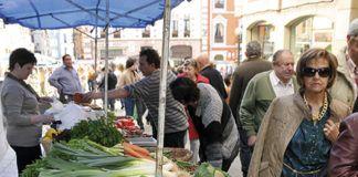 Mercado en Grado
