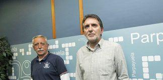 Dimas Martínez presidente de Parpayuela Asociación Cultural y Carlos Barros director de la emisora.presidente de Parpayuela Asociación Cultural