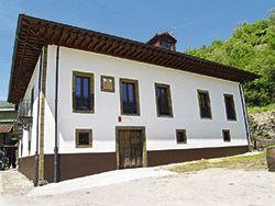 Palacio de Galcerán, en Sotiello (Lena)