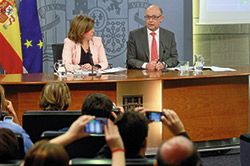 Cristóbal Montoro en rueda de prensa
