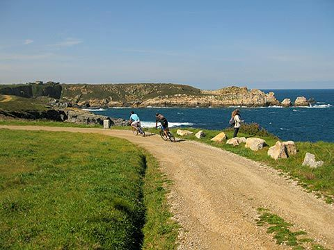 Senda costera. El Franco, Asturias.
